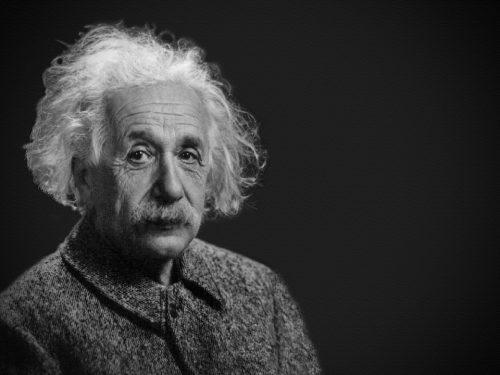 Le 8 migliori frasi di Albert Einstein
